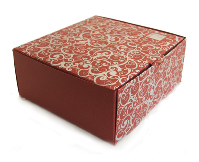 фирменная праздничная упаковка для бутика